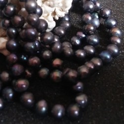 Collier perles rondes noires 1 rang lac biwa