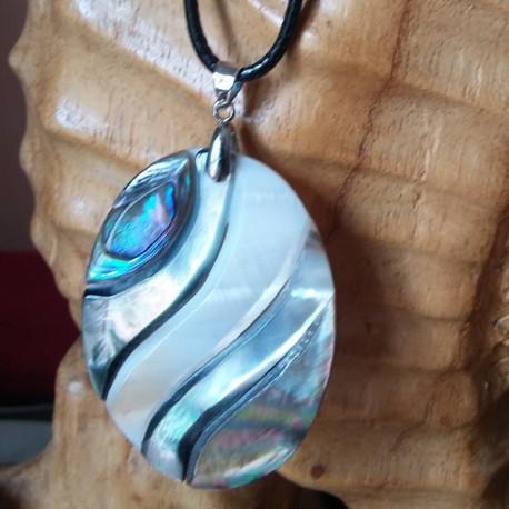 Collier nacre blanche abalone noire ovale
