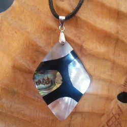 Collier nacre blanche abalone nacre noire losange