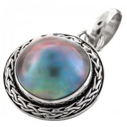 Pendentif nacre mabé bleu reflets irisés 2.3 cm | sertissage sterling silver